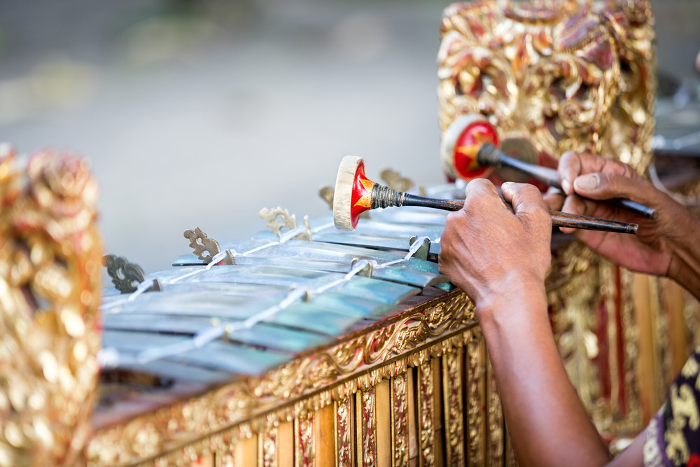 Balinese gamelan, dances promoted in Rome