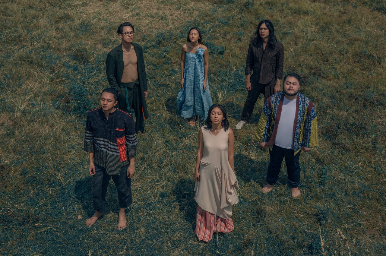 Album review: Barasuara sets eyes on stage with new LP