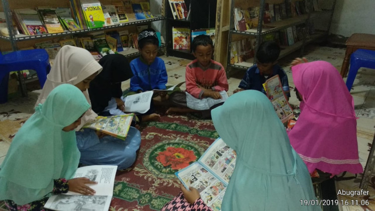 Literacy institution distributes books to remote areas of NTT
