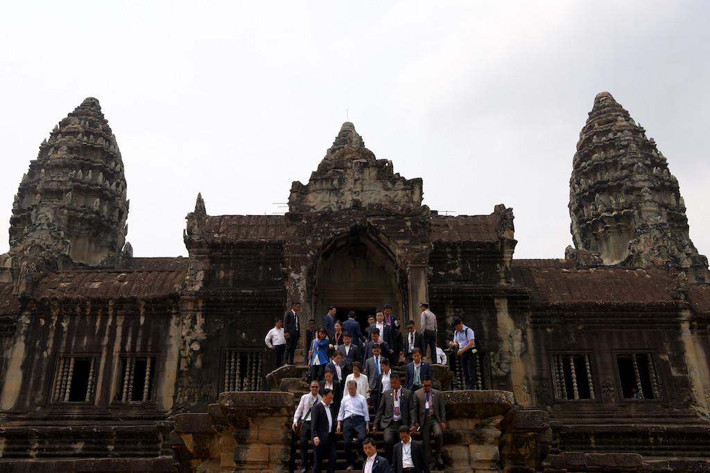 South Korea president delights tourists at Angkor Wat