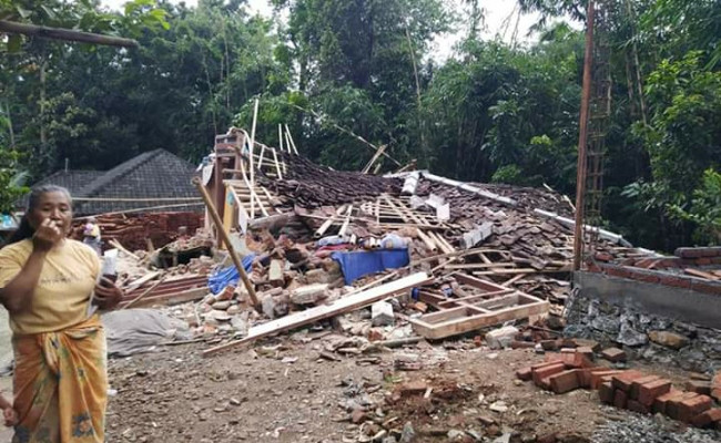 Malaysian tourist among killed in earthquake-triggered landslide on Lombok