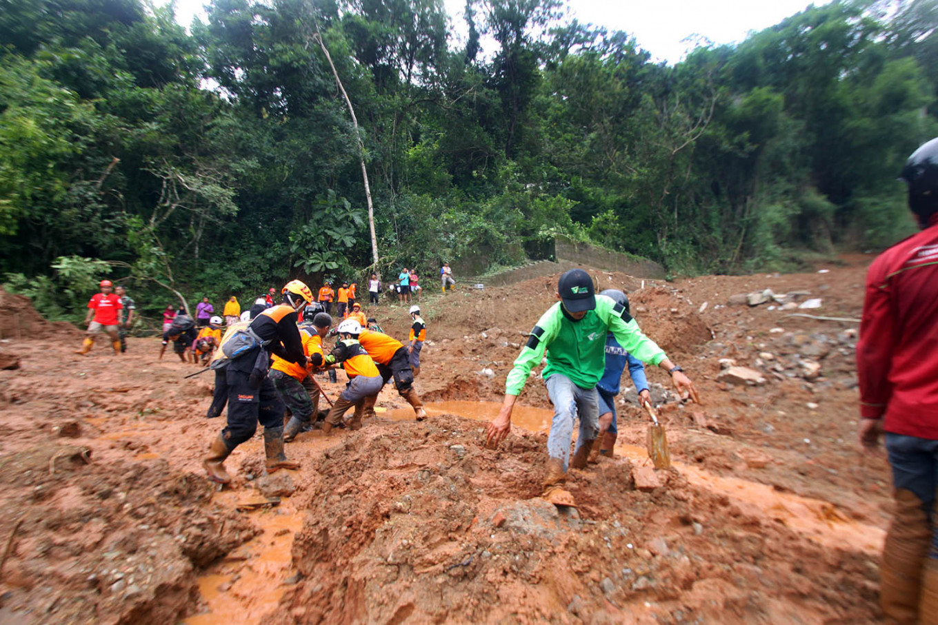 Flooding in Purworejo forces 1,500 to flee homes