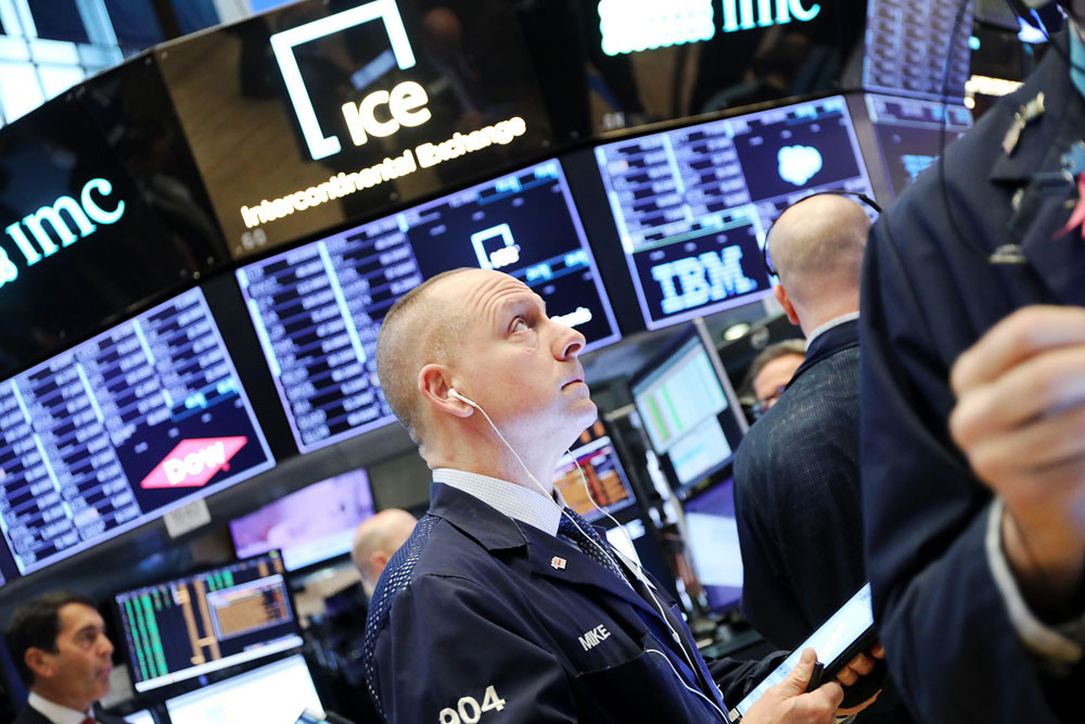 Global equity markets crash on virus fears, oil prices plunge