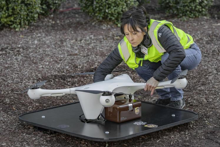 Garuda awaits regulation to start cargo drone operation amid safety concerns