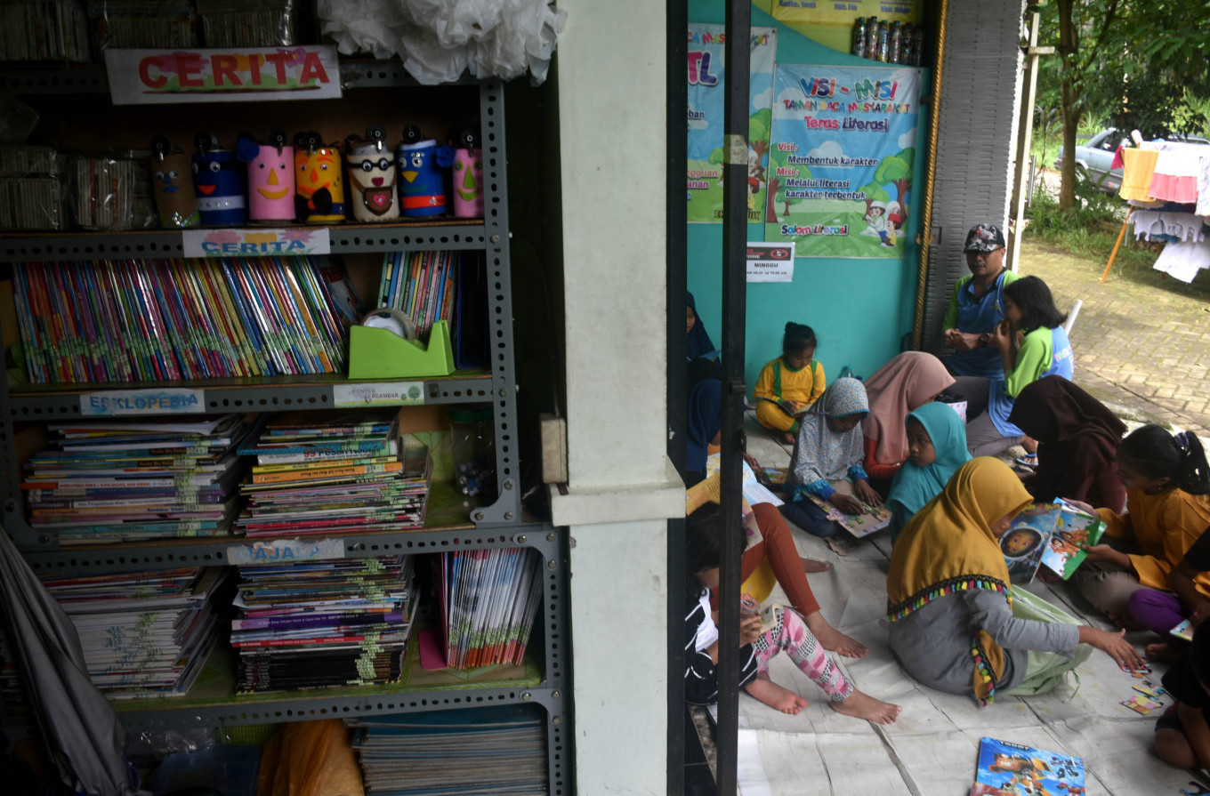 Malang community library wants to keep children away from the screen