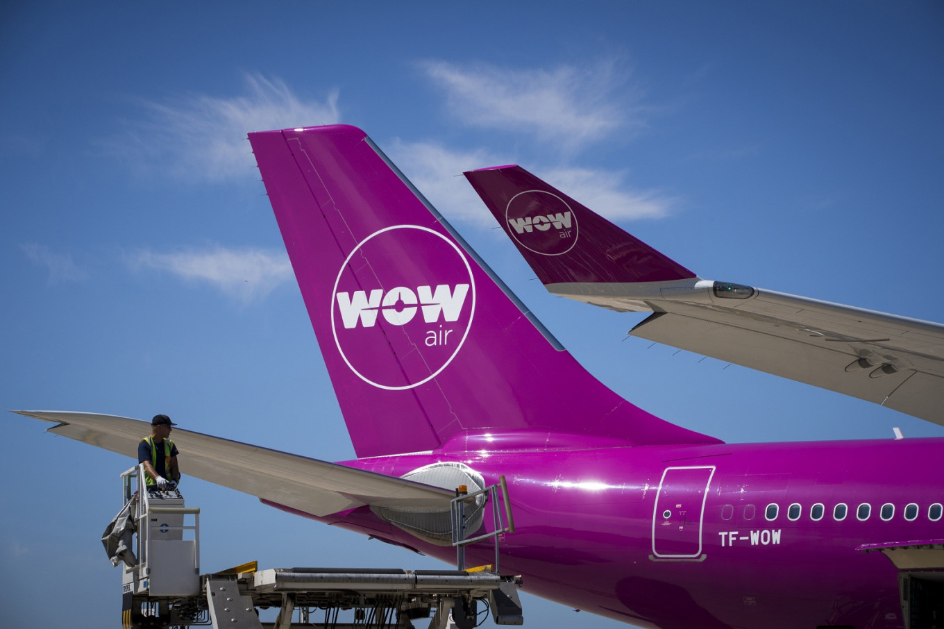 Iceland's WOW Air to resume flights with new owners