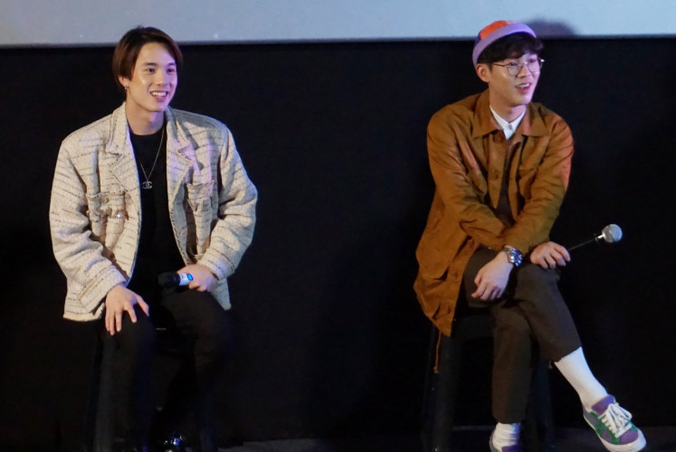 A press conference is attended by (left to right) James and Best on March 30 at CGV Grand Indonesia in Central Jakarta.