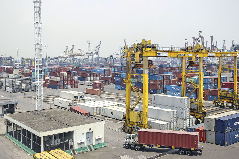 Indonesian exports, imports contract slightly in 'encouraging' sign: BPS