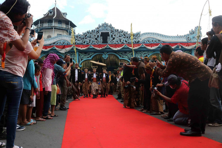 Celebrating the coronation of the Surakarta king