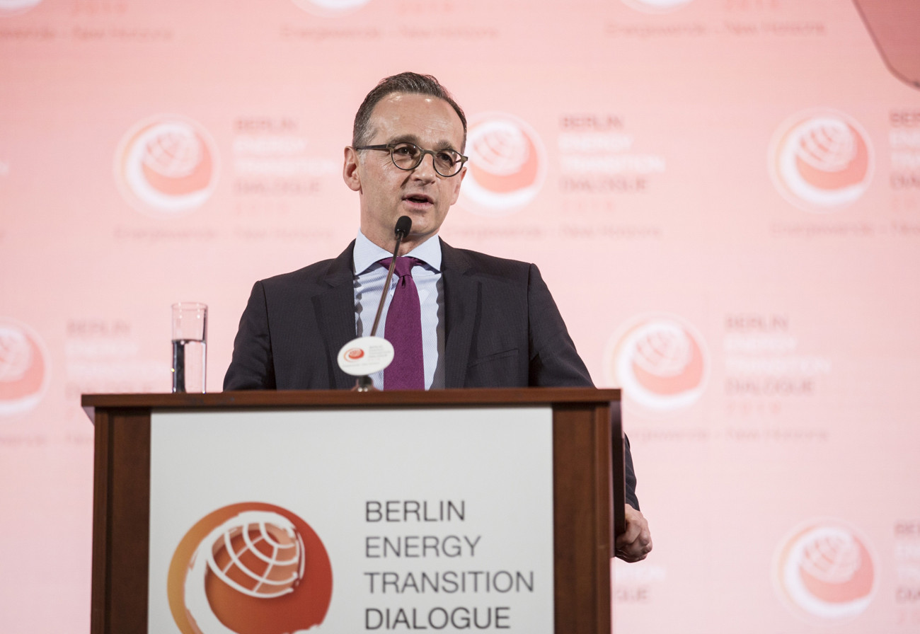 Renewables way to gain energy independence, German minister says