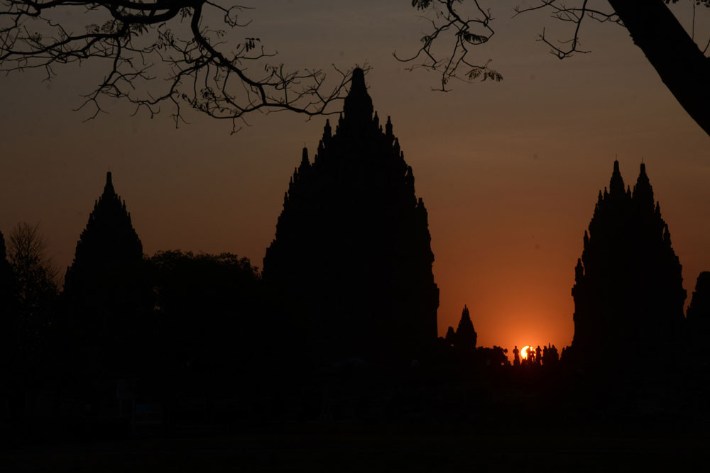 Prambanan temple to increase tourist quota for year-end holidays