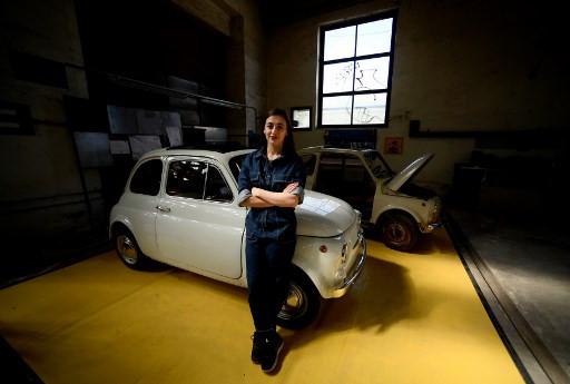 Italian architect restores ageing Fiats thanks to Internet