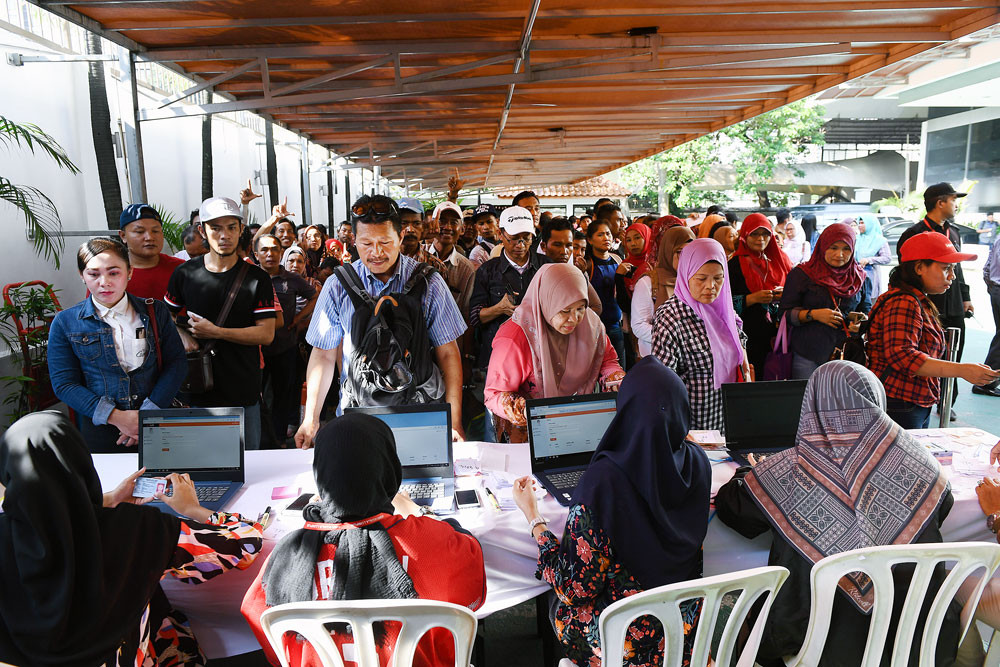 Election scandal in Malaysia taints election integrity
