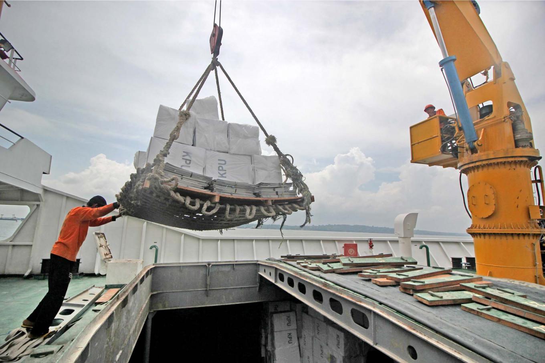 Port operator Pelindo III records decline in ship traffic
