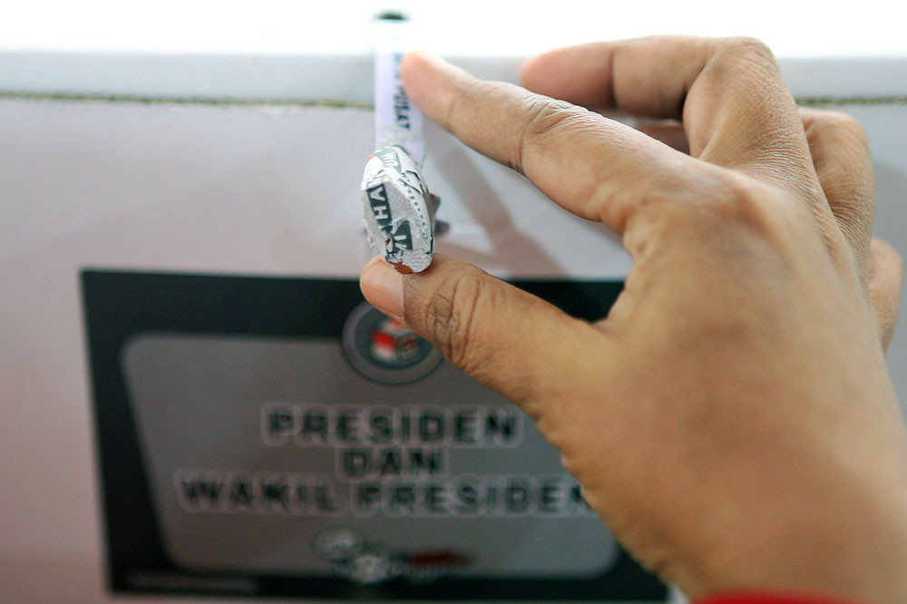 One polling station officer dies from fatigue, others reportedly fall ill: KPU Jakarta
