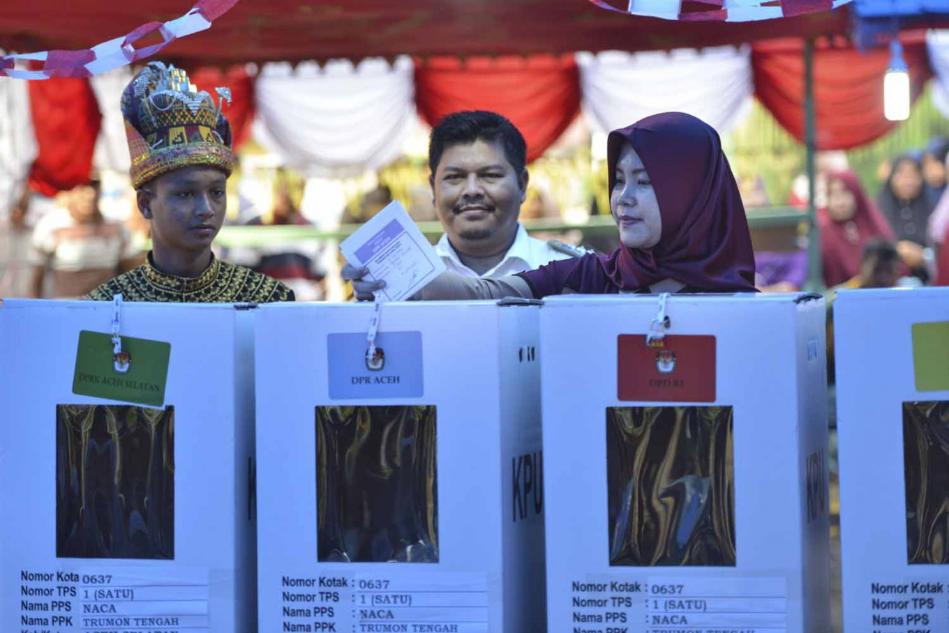 Enthusiastic voters enliven elections, boost turnout