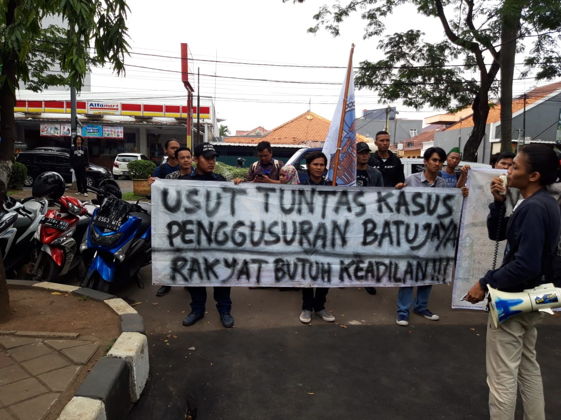 Residents sue Tangerang administration over eviction