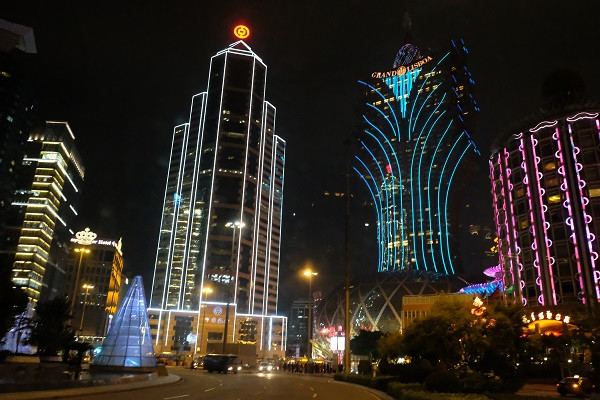 Night lights: At night, Macau is drenched in sparkling lights. High-rise buildings, like the famous Grand Lisboa, welcome tourists with various world-class entertainment.