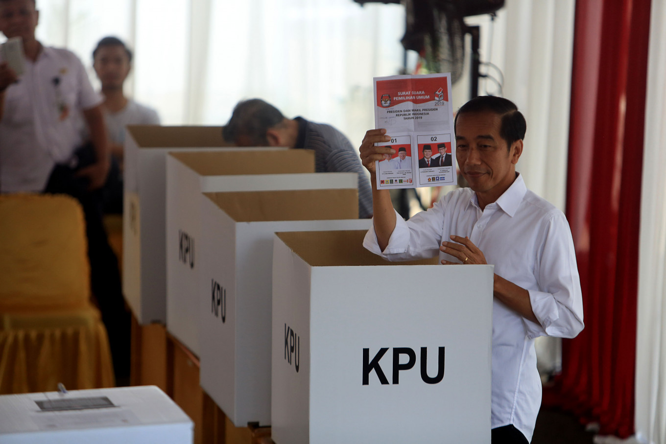 Jokowi camp upbeat about clinching victory