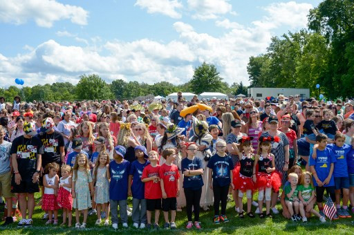 Thousands of twins, multiples headed for Twinsburg in August