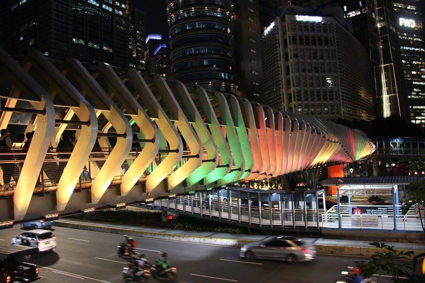 GBK footbridge lights up in solidarity with Sri Lanka