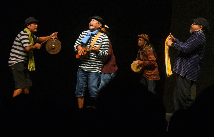 Para Pensiunan 2049, directed by Djaduk Ferianto (right), features his ethnic music group, Kua Etnika.