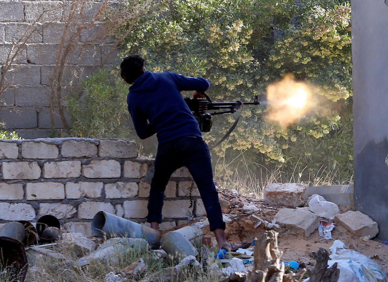 Libyan forces push back against Haftar in house-to-house battles