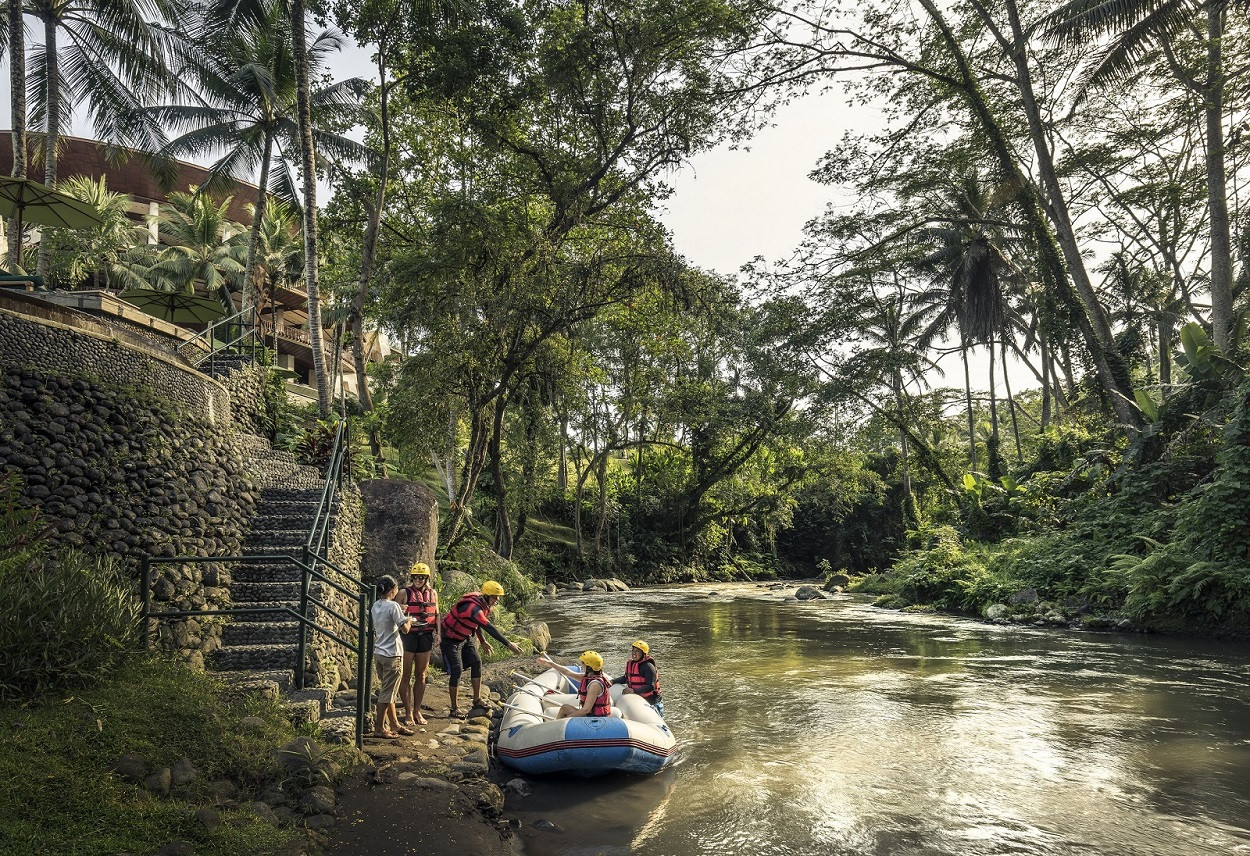 River rafting and checking-in: A new holiday experience at Four Seasons Resort Sayan