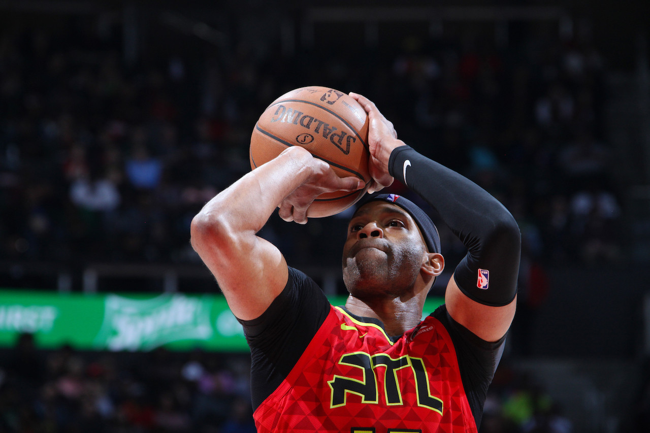 Hawks' Carter 'coming back' for record 22nd NBA season