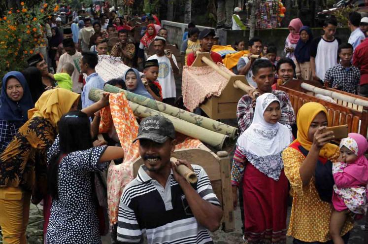 'Nyadran' in Klaten: Pre-Ramadan Javanese ritual held among temple ruins