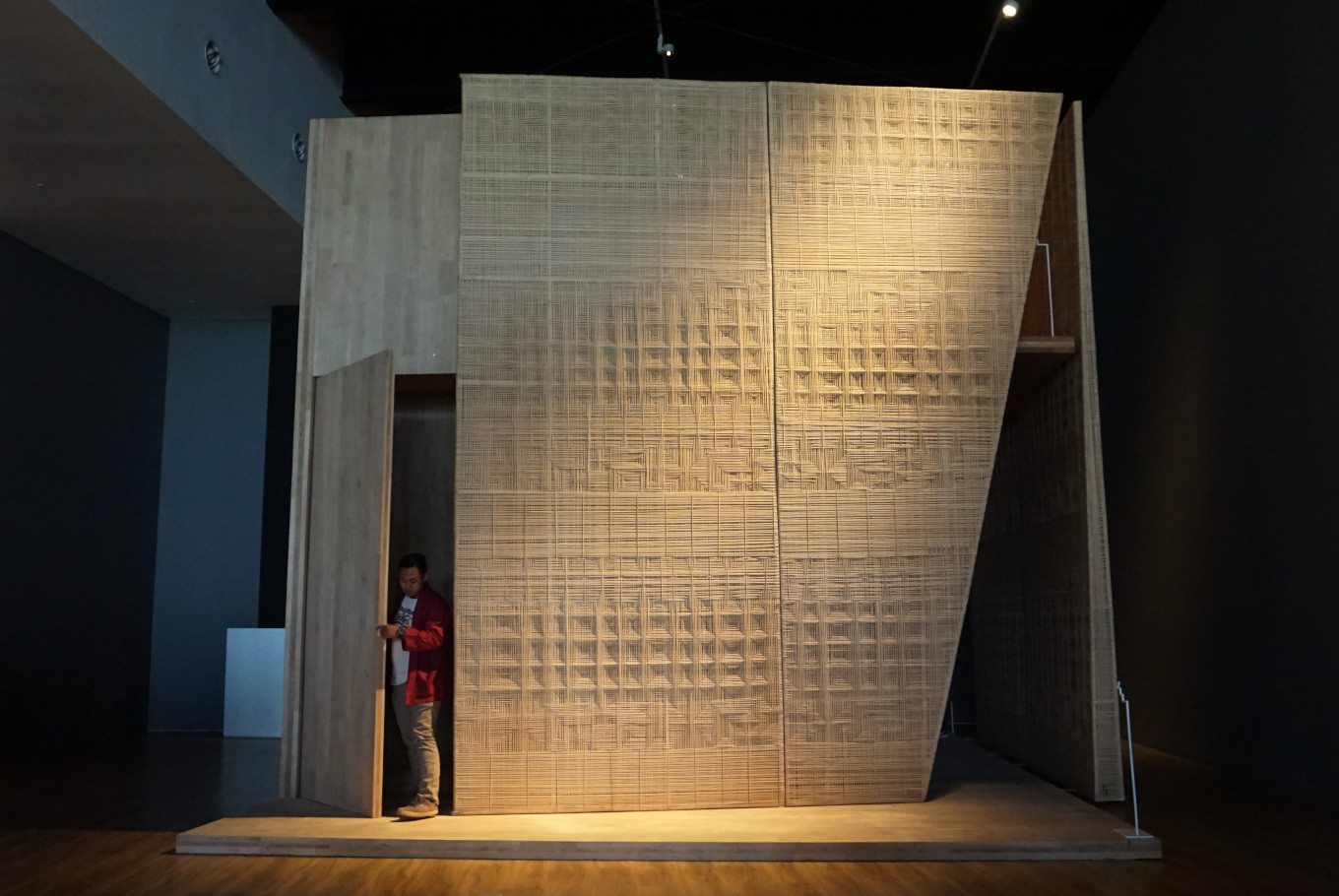 Lim Masulin strives to bring weaving into the future