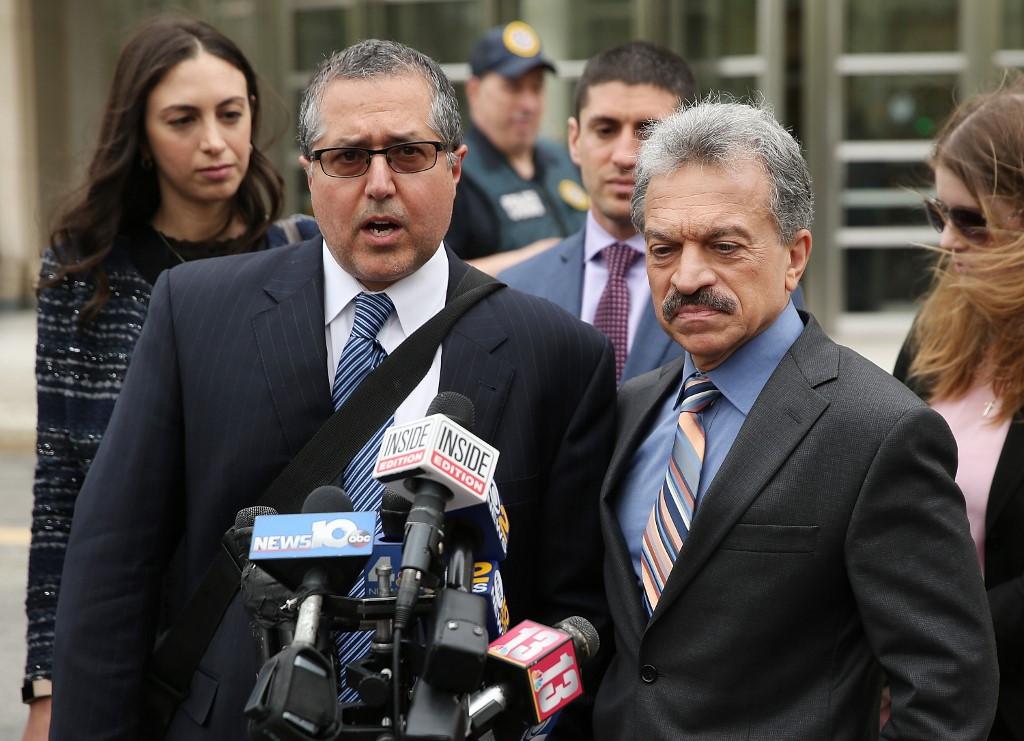 US 'sex slave' guru goes on trial in New York