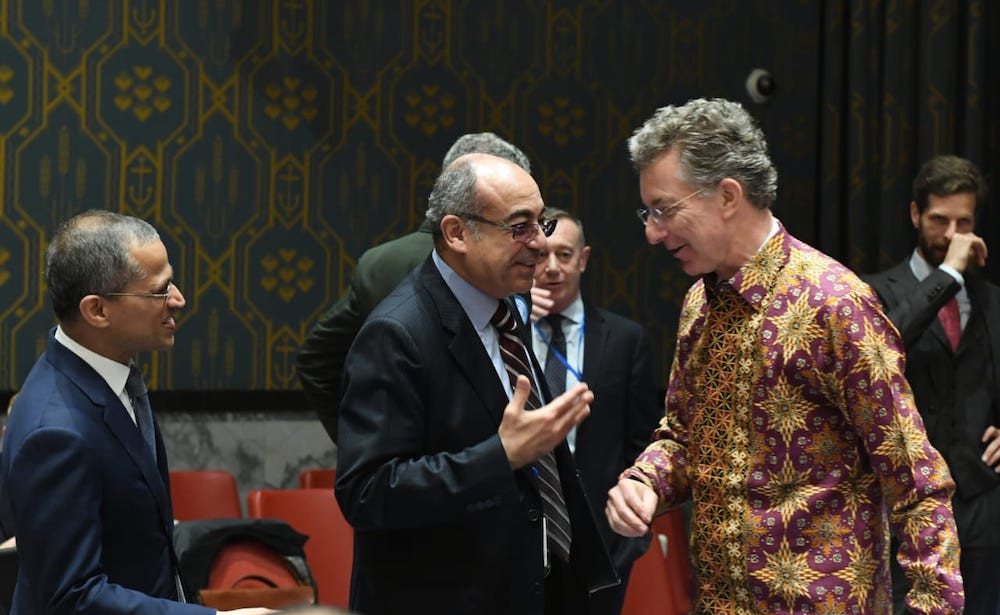 Permanent Representative of Germany to the United Nations Christoph Heusgen (right) attends the May 7 UNSC meeting in New York in a batik shirt.