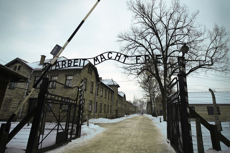 Holocaust survivors urge Facebook to remove genocide denial posts