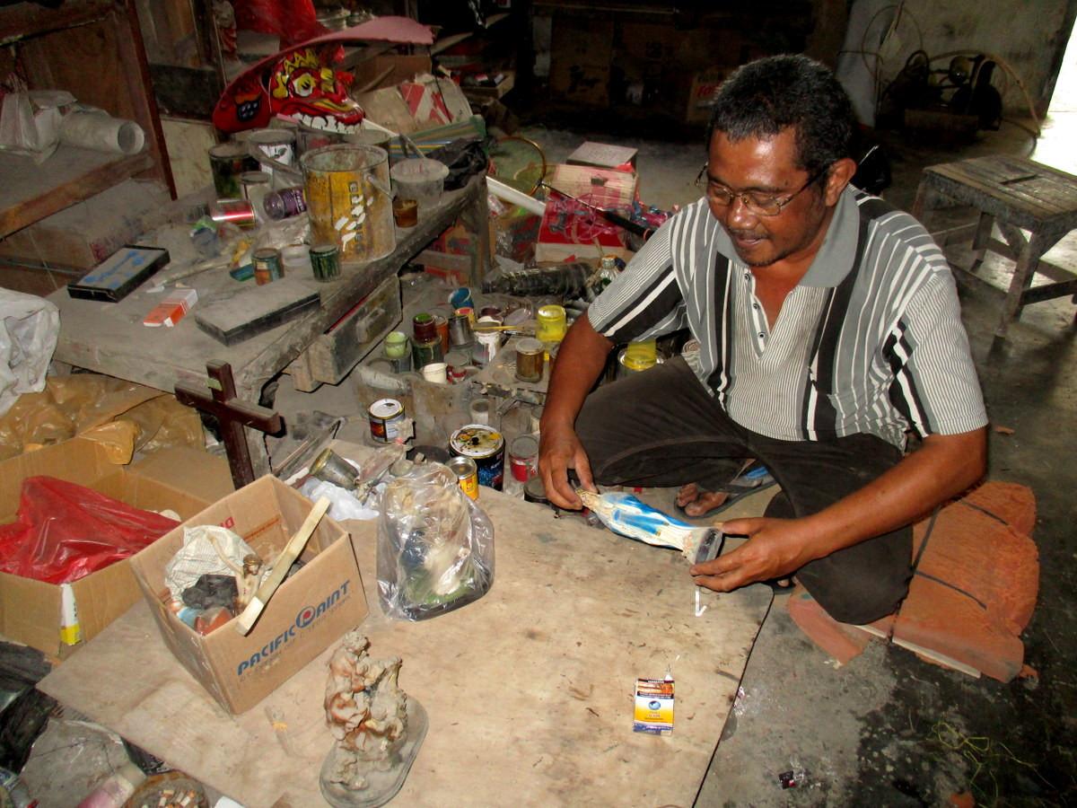 Sculpting faith: One craftman's dedication to religious diversity