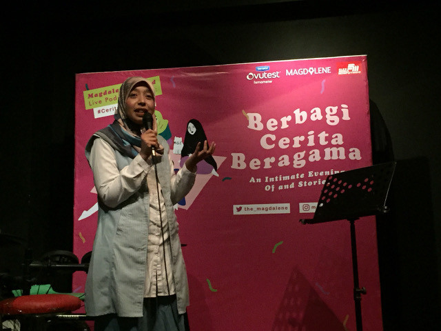 Sakdiyah Ma'ruf at 'Berbagi Cerita Beragama (Sharing Stories on Religions): An Intimate Evening of Comedy and Story Telling' in Jakarta on May 15.