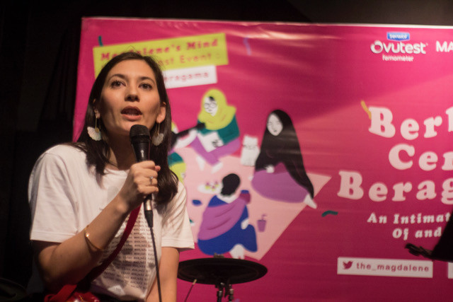 Hannah Al Rashid at 'Berbagi Cerita Beragama (Sharing Stories on Religions): An Intimate Evening of Comedy and Story Telling' in Jakarta on May 15.