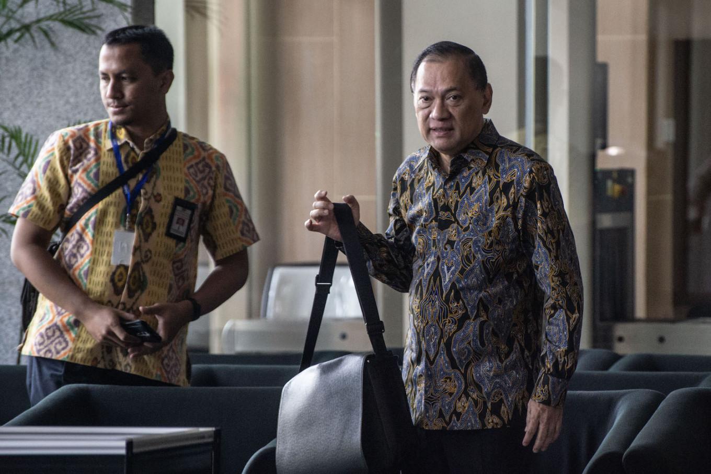 Former minister Agus Martowardojo questioned by KPK in e-ID case
