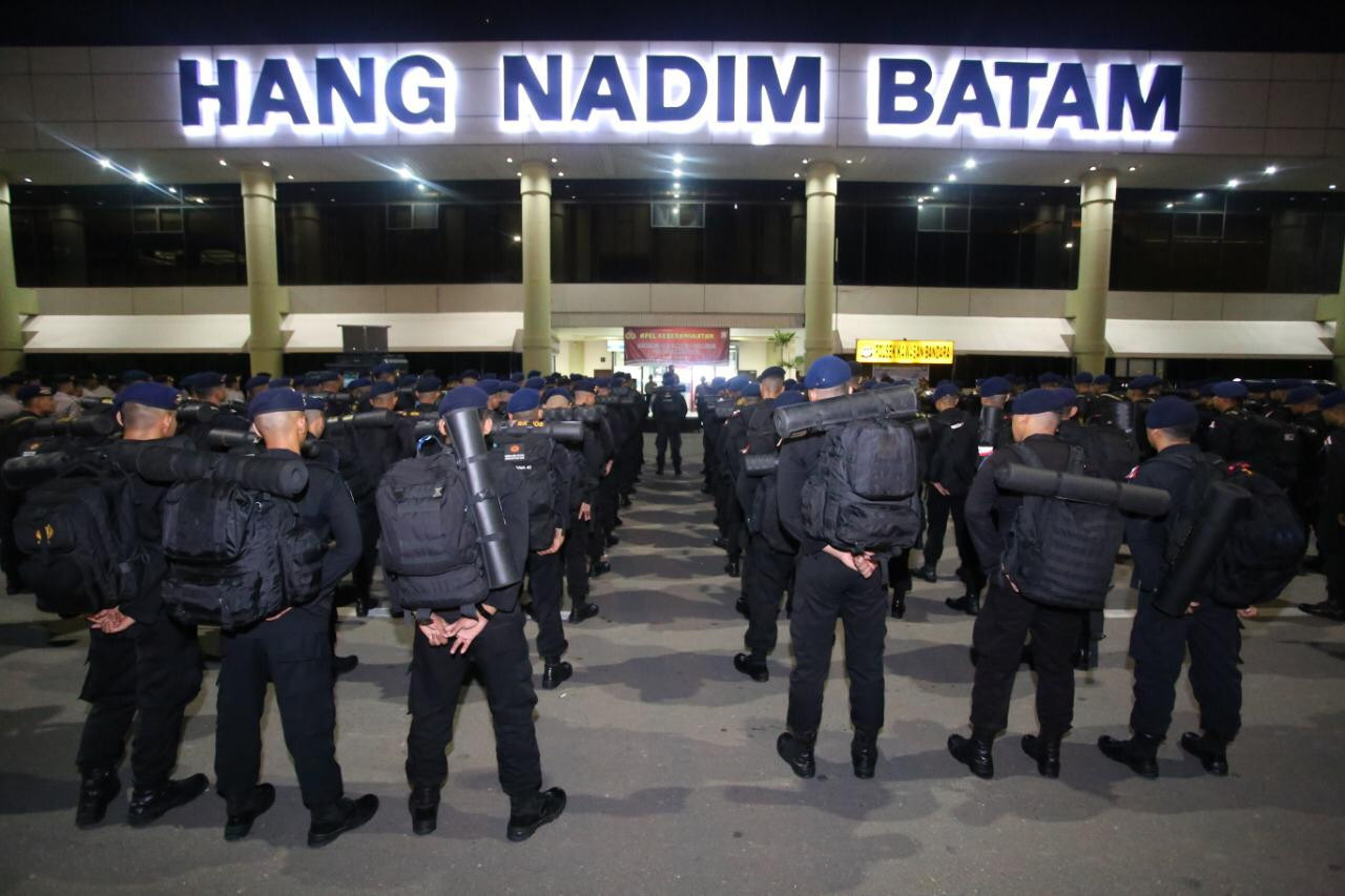 Police draw personnel into Jakarta for election result announcement