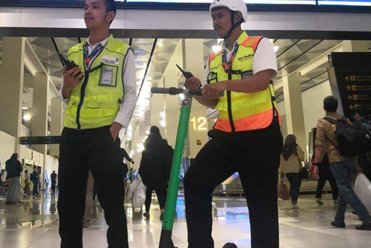 Grab to operate electric scooter service at Terminal 3