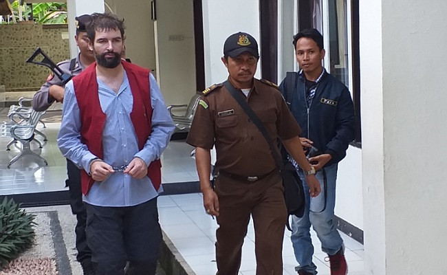Frenchman sentenced to death for smuggling ecstasy to Lombok