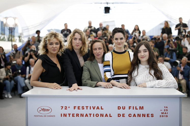 'Lady on Fire' by female promise Sciamma sets Cannes ablaze