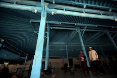 The mosque verandah is predominantly blue in color. JP/Boy T. Harjanto