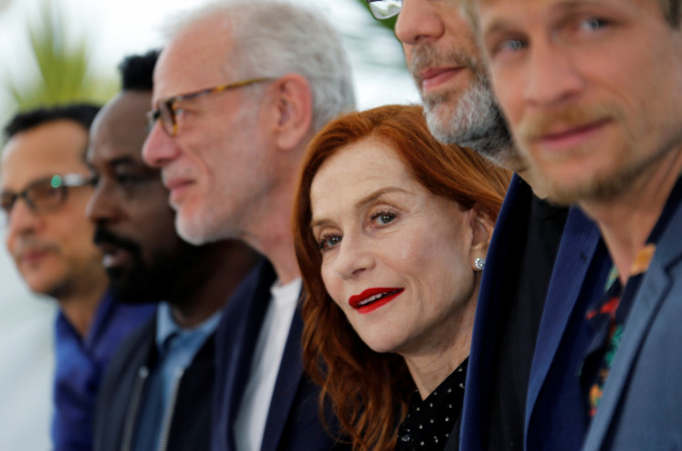 An understated Huppert anchors bittersweet family drama 'Frankie'