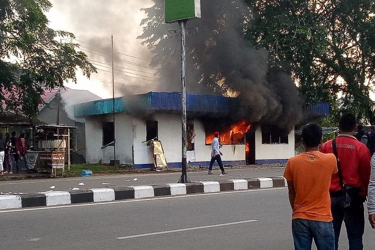 Post-election protests escalate in Pontianak