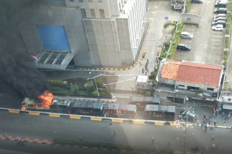 Jakarta riot: Some civil servants allowed to leave work early