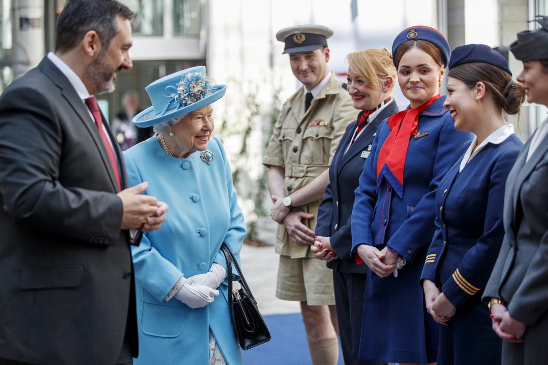 Queen Elizabeth marks 100 years of British Airways
