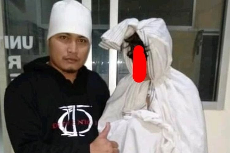 Police catch 'pocong' scaring motorists in Pemalang