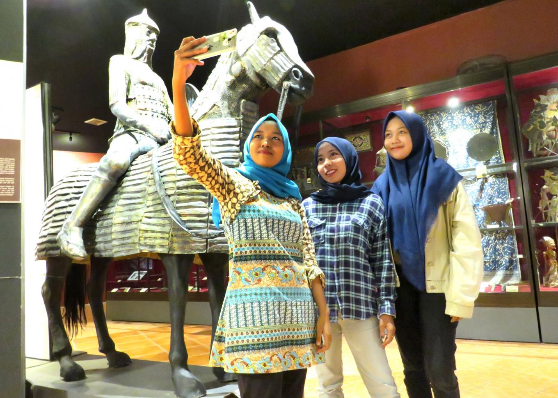 Past glory shines at Indonesian Islamic Art Museum