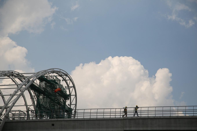 Jl. Setiabudi Tengah closed by Greater Jakarta LRT construction